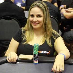 Beatriz Fonseca CCK Poker Team